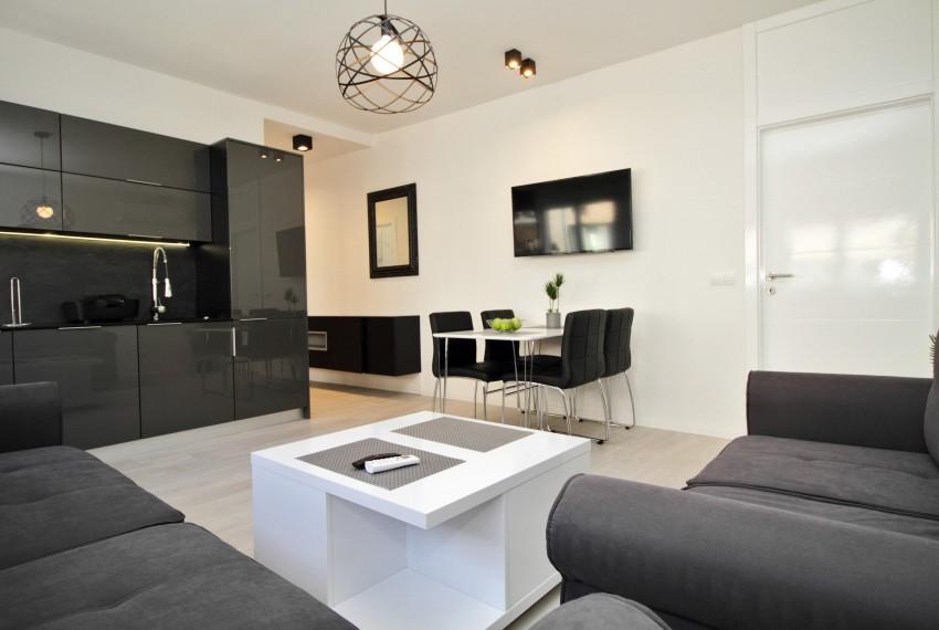 Apartman (50)